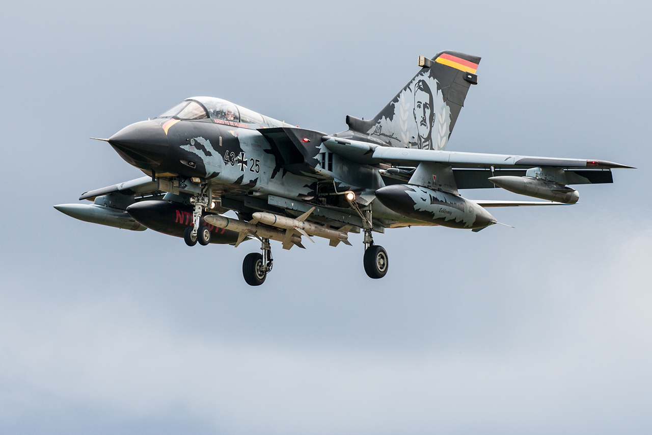 Panavia TORNADO IDS  -  © by Will Moore