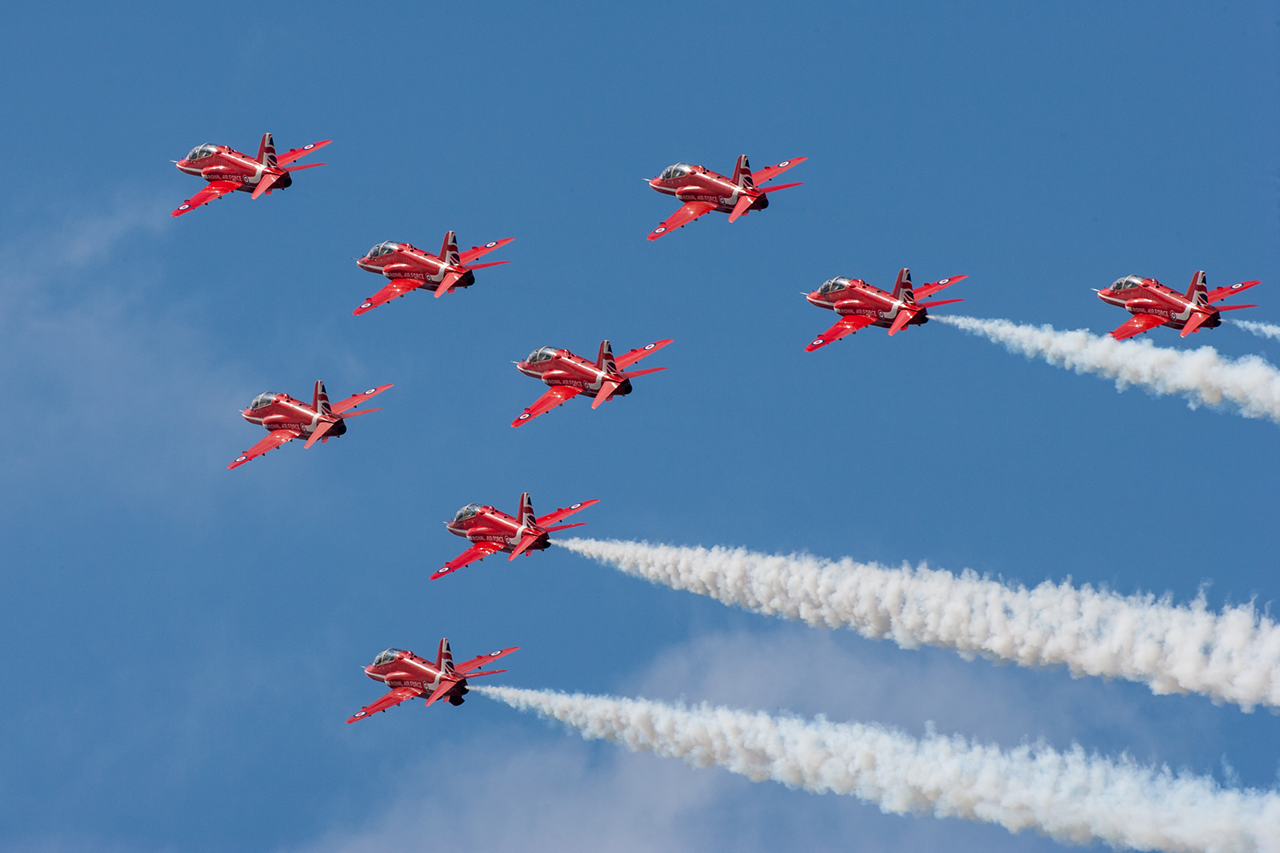 RAF RED ARROWS  -  © by Will Moore