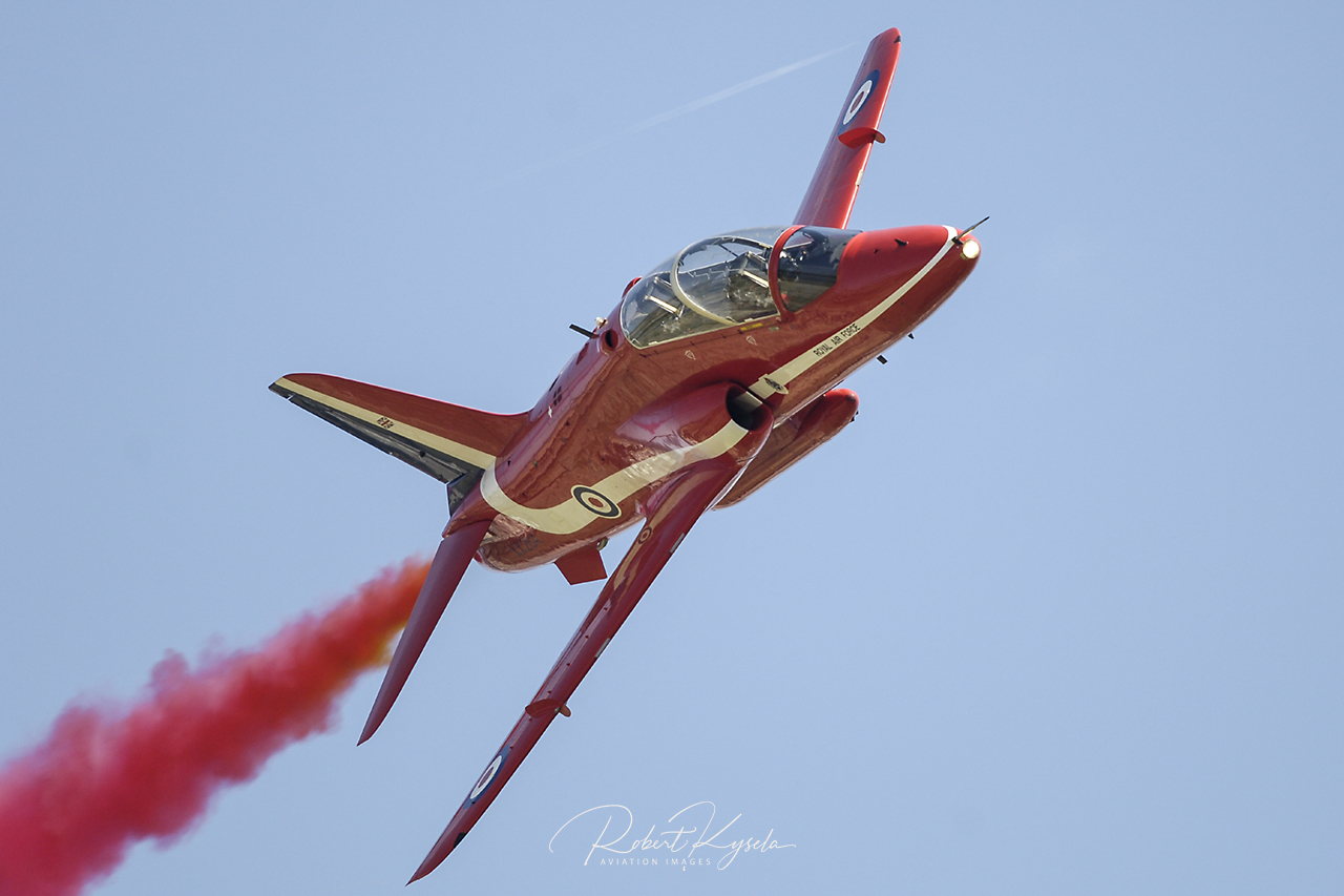 _RK_0507_RIAT_1511_RedArrows_Large