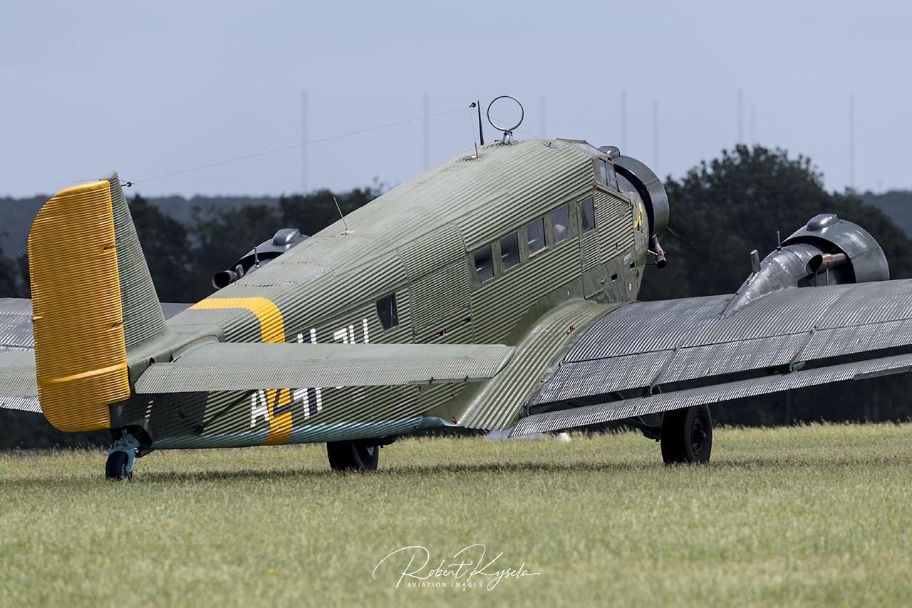 Junkers Ju-52/3M (CASA 352L)  - © by Robert Kysela