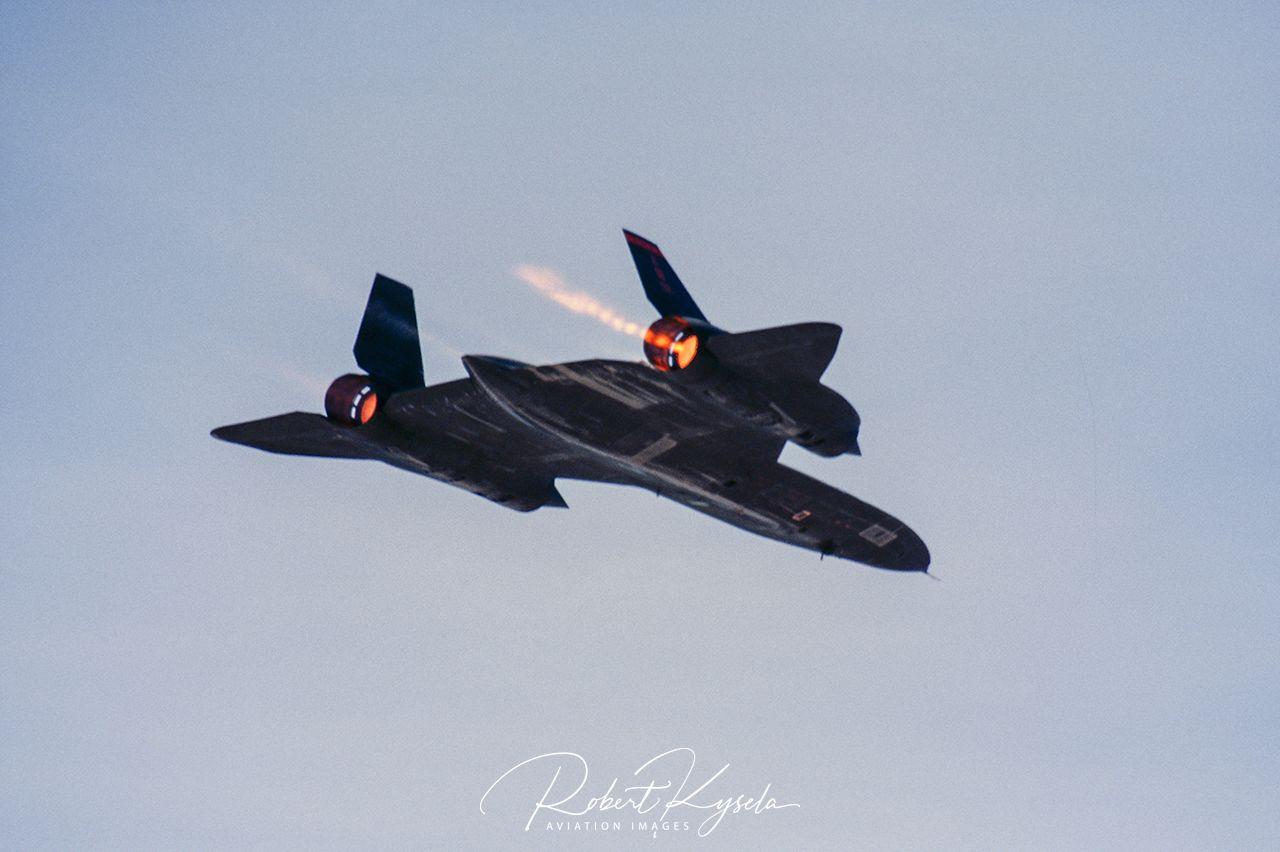 Lockheed SR-71 BLACKBIRD - © by Robert Kysela