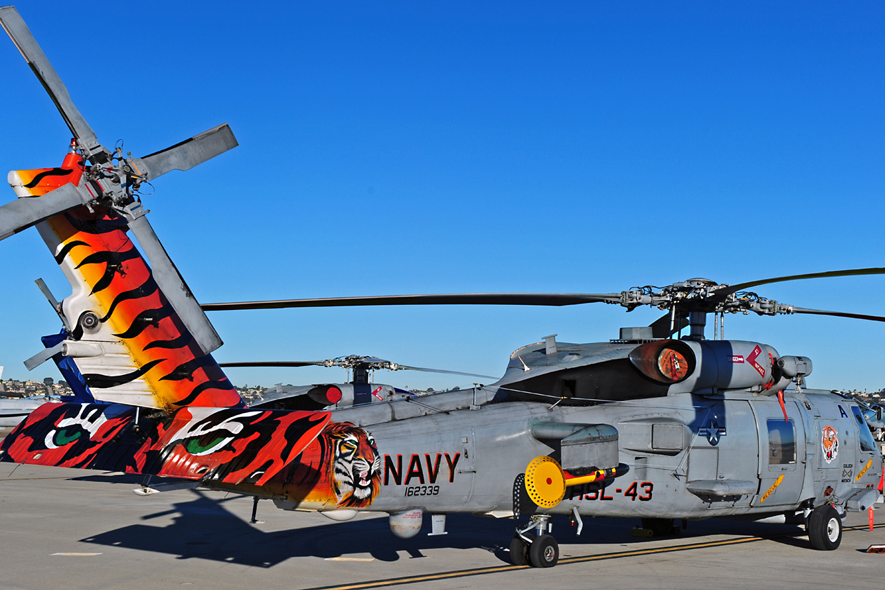 Sikrosky MH-60 SEAHAWK  -  © by Shawn Clish