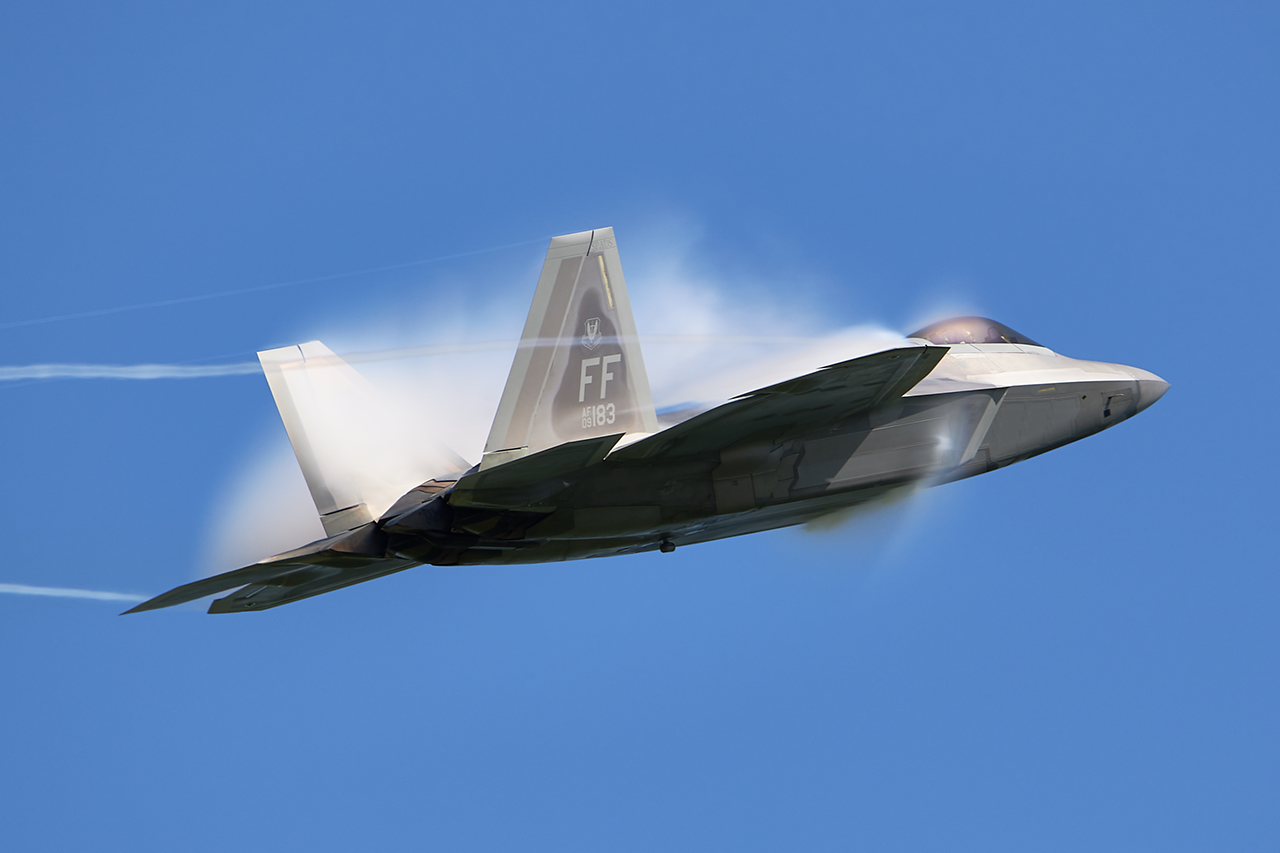 Lockheed Martin F-22A RAPTOR  -  © by Shawn Clish