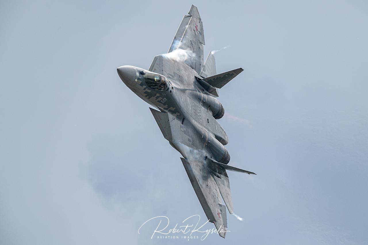 Sukhoi Su-57 (NATO Code: Felon) -  © by Robert Kysela
